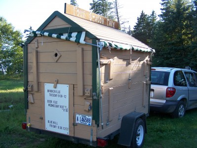 mobile farm stand closed